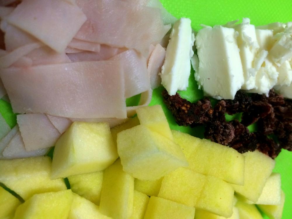 ensalada de pavo, manzana y arñandanos (2).JPG