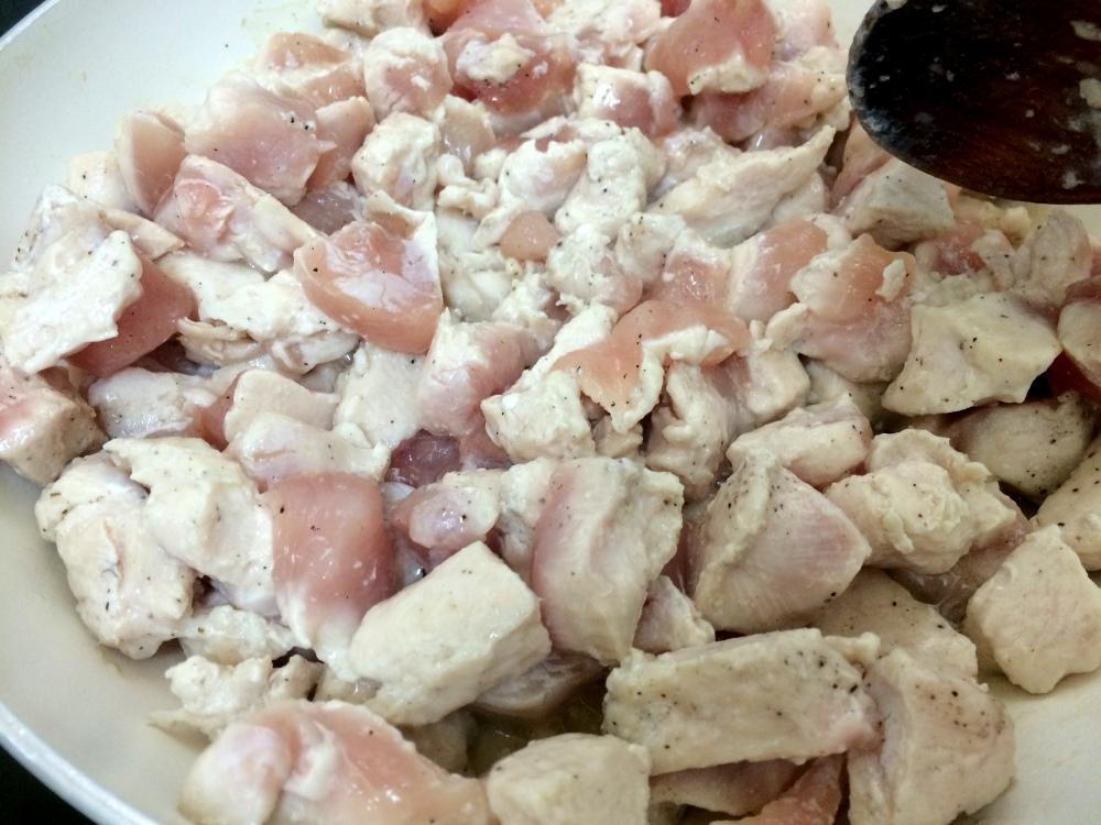 burritos de pollo queso y aguacate (2).JPG